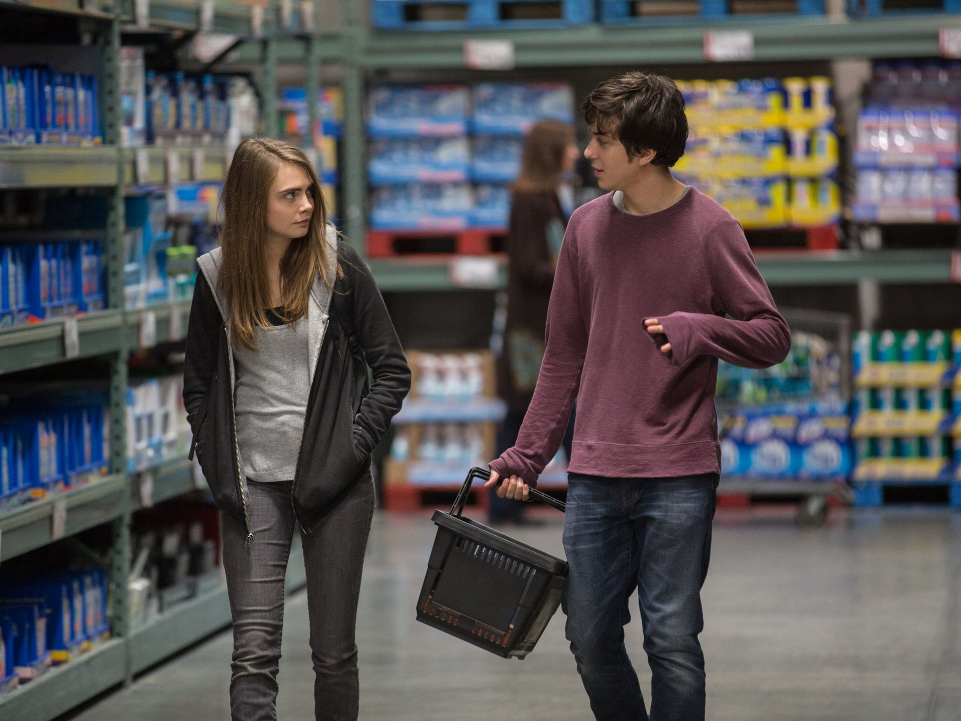 paper-towns-movie-nat-wolff-cara-delevin