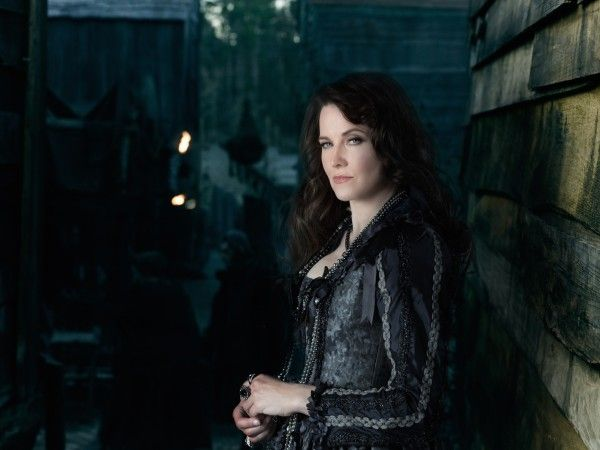 salem-lucy-lawless