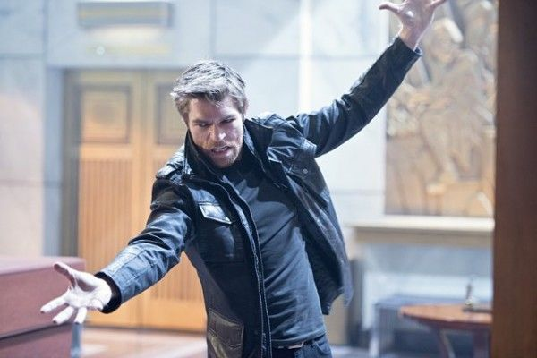 the-flash-image-out-of-time-liam-mcintyre
