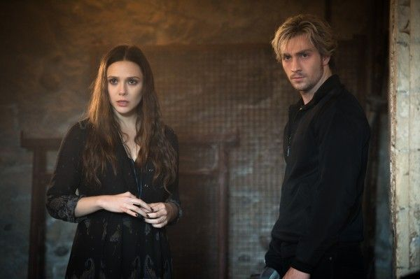 avengers-age-of-ultron-aaron-taylor-johnson-elizabeth-olsen