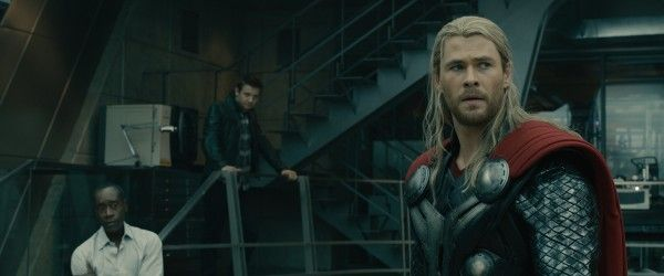 avengers-age-of-ultron-chris-hemsworth-jeremy-renner