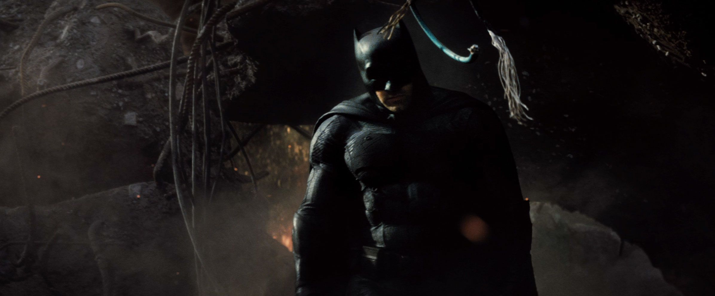Batman V Superman Trailer Screengrab 24