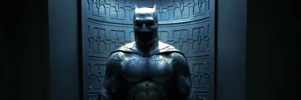 batman-vs-superman-batsuit-slice