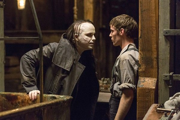 penny-dreadful-season-2-rory-kinnear-harry-treadaway