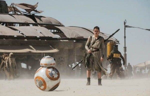 star-wars-7-force-awakens-bb8-daisy-ridley