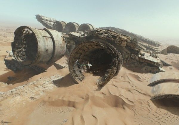 star-wars-7-force-awakens-millennium-falcon-hi-res-2