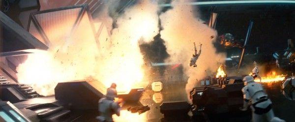 star-wars-7-force-awakens-trailer-screengrab-13