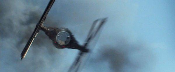 star-wars-7-force-awakens-trailer-screengrab-34