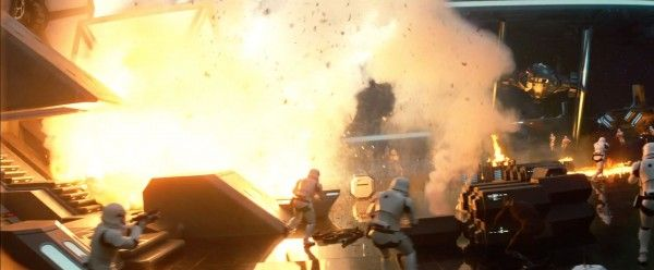 star-wars-7-force-awakens-trailer-screengrab-37