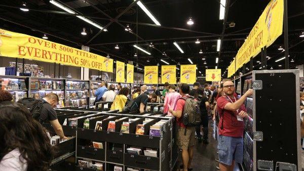 wondercon-2015-picture-convention-floor