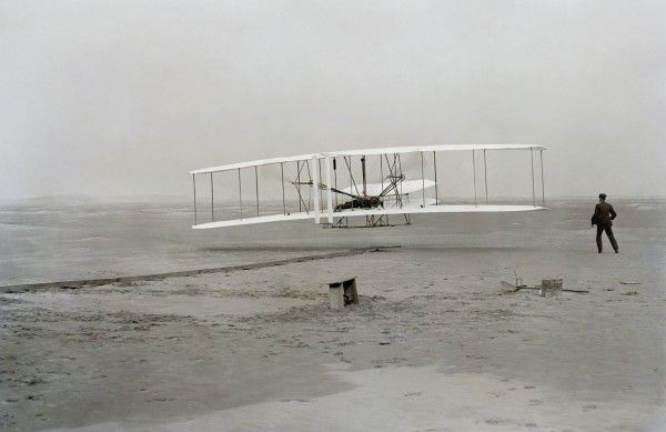 wright-brothers-plane-tom-hanks-hbo