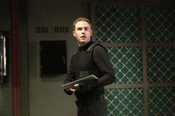 agents-of-shield-sos-de-caestecker
