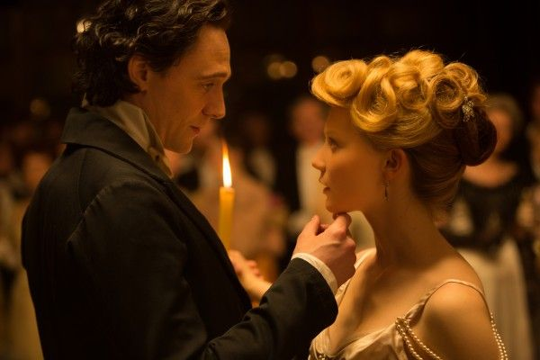 crimson-peak-tom-hiddleston-mia-wasikowska
