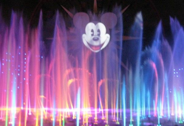 disneyland-anniversary-world-of-color-3