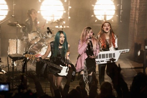 jem-and-the-holograms-movie-image-4