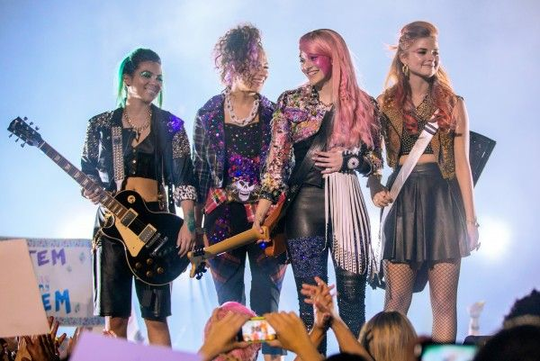 jem-and-the-holograms-movie-image-5