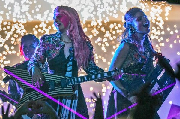 jem-and-the-holograms