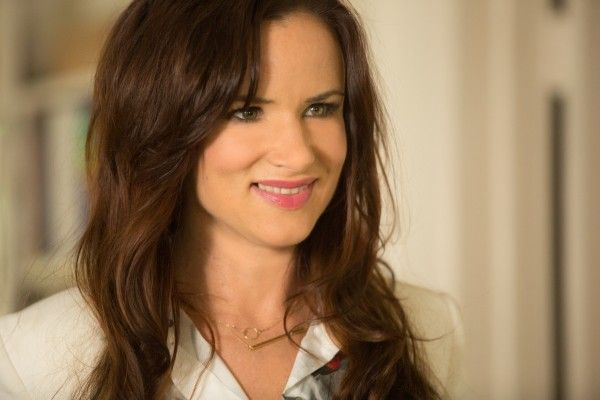 jem-and-the-holograms-movie-image-juliette-lewis