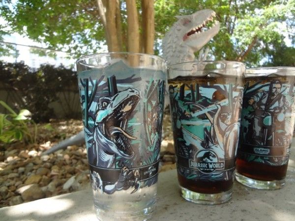 jurassic-world-pint-glasses