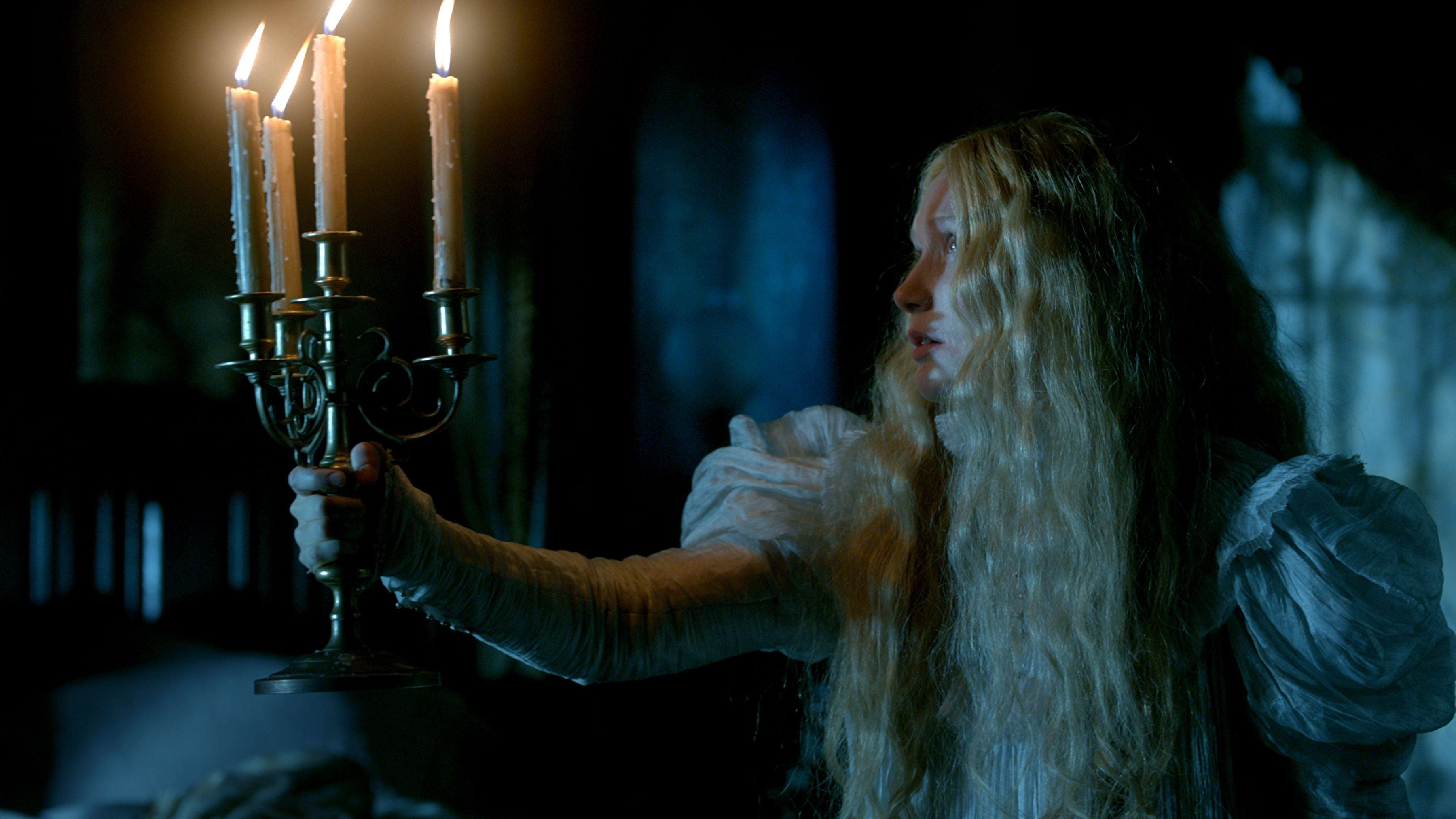 crimson peak - photo #9