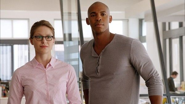 supergirl-tv-series-melissa-benoist-mehcad-brooks