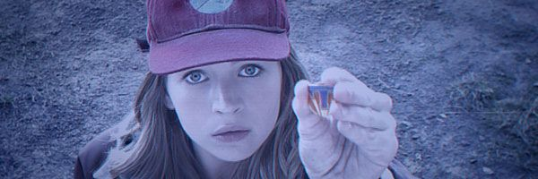 tomorrowland-britt-robertson-slice