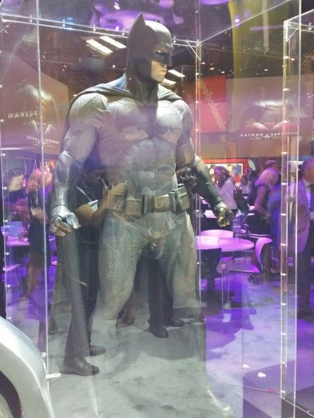 batman-v-superman-batman-costume