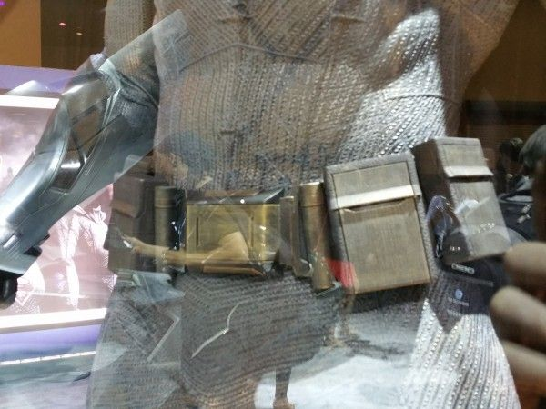 batman-v-superman-batman-utility-belt-image