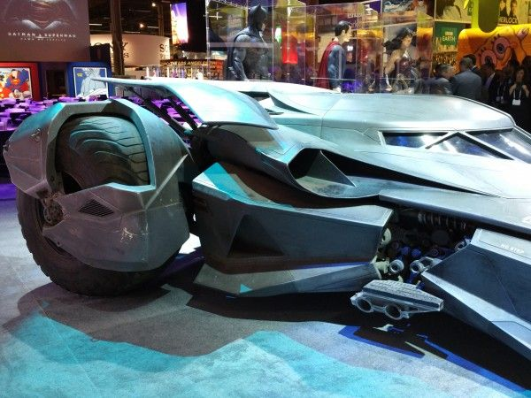batman-v-superman-batmobile-image-1