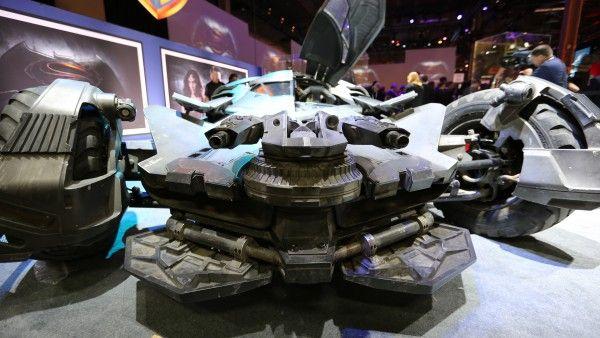 batman-v-superman-batmobile-image