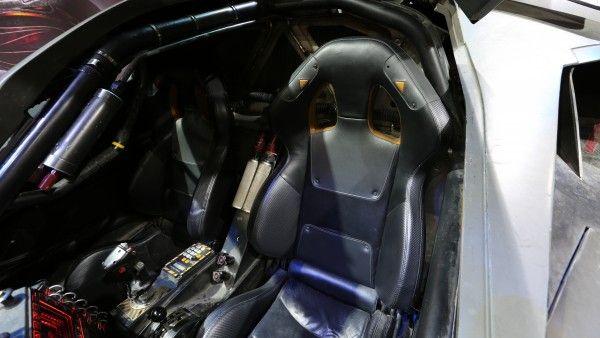 batman-vs-superman-batmobile-driver-seat
