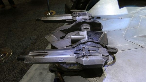 batman-vs-superman-batmobile-guns-image