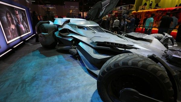 batmobile-batman-vs-superman