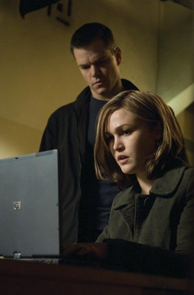 bourne-julia-stiles-matt-damon