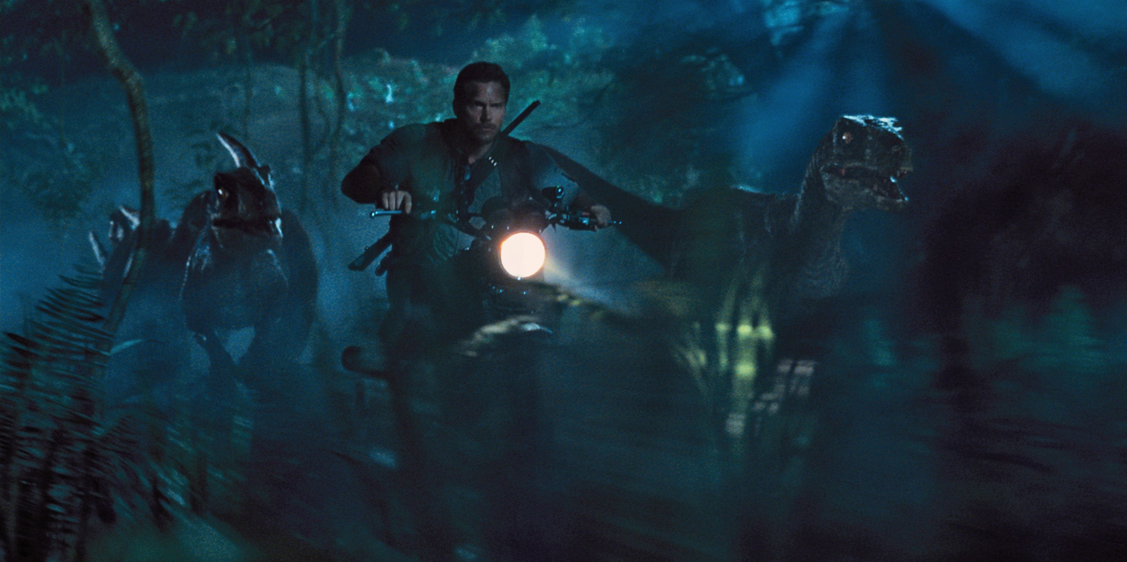 Jurassic world pictures offer hi res looks at new dinos for Puerta jurassic world
