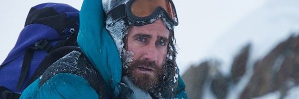 everest-jake-gyllenhaal-has-a-snowbeard-in-new-pictures
