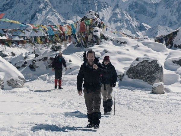 everest-josh-brolin-2