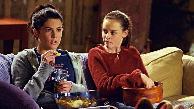 gilmer girls Gilmore girls milo ventimiglia on jess's feelings for rory, if he's her baby's dad pen people.