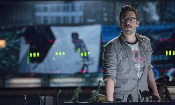 jake-johnson-jurassic-world
