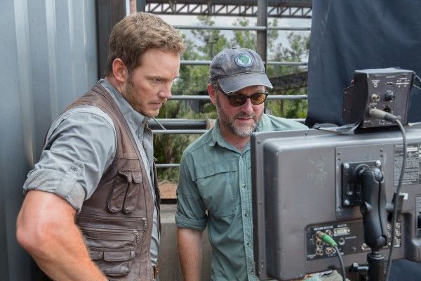 jurassic-world-colin-trevorrow-chris-pratt