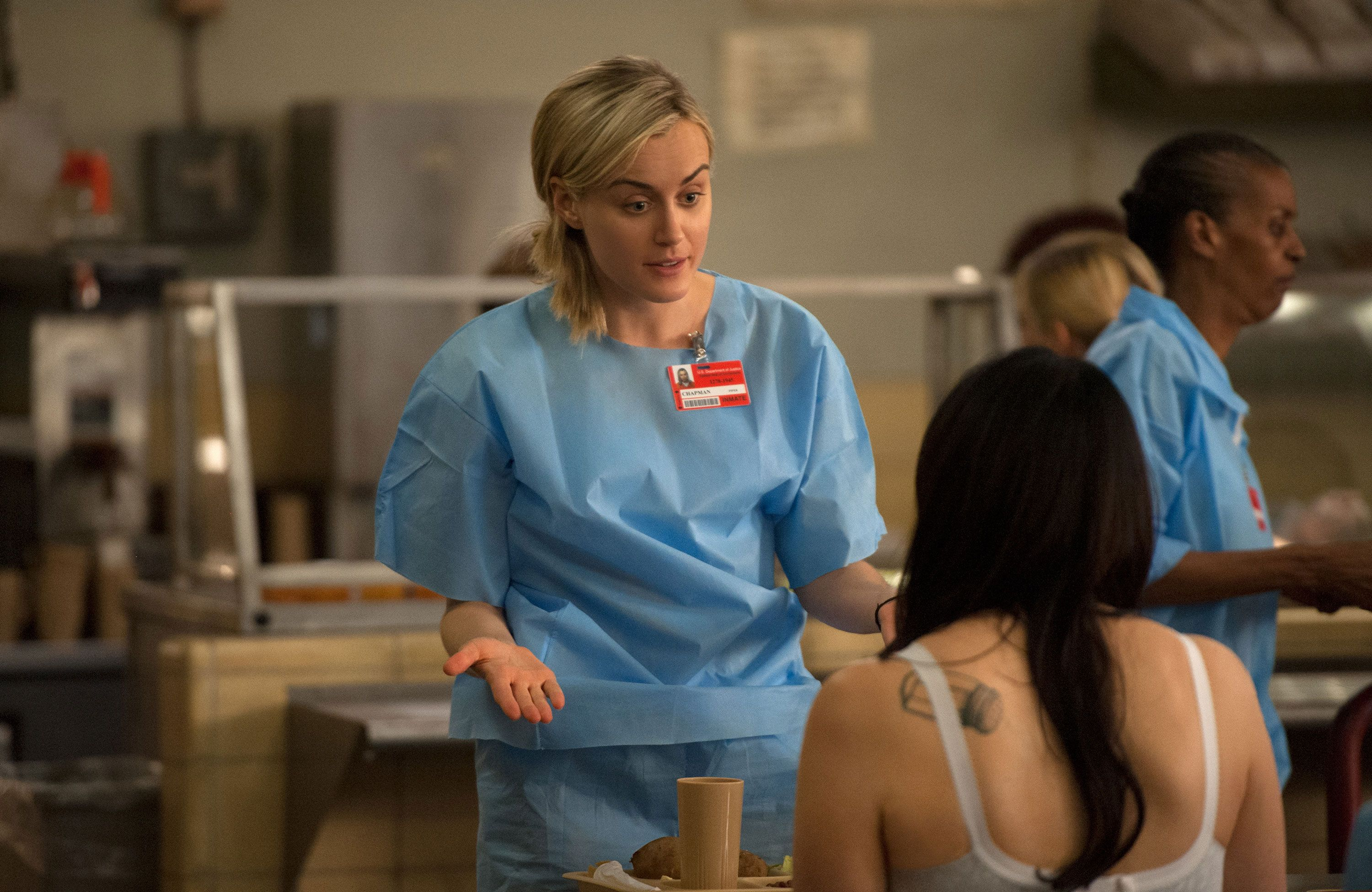 Taylor schilling in orange is the new black - 2 1