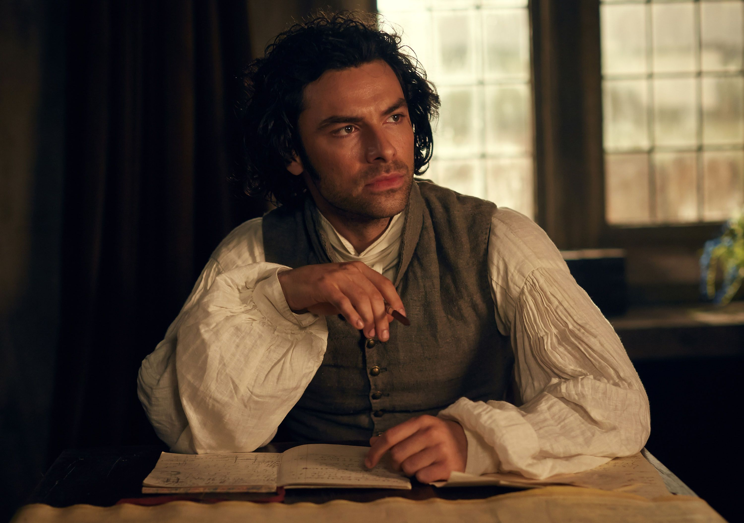 aidan turner dancing