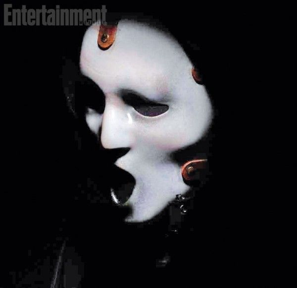 scream-tv-series-mask