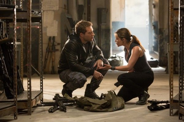 terminator-5-image-jai-courtney-emilia-clarke