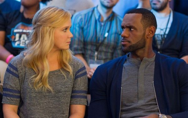 trainwreck-image-amy-schumer-lebron-james