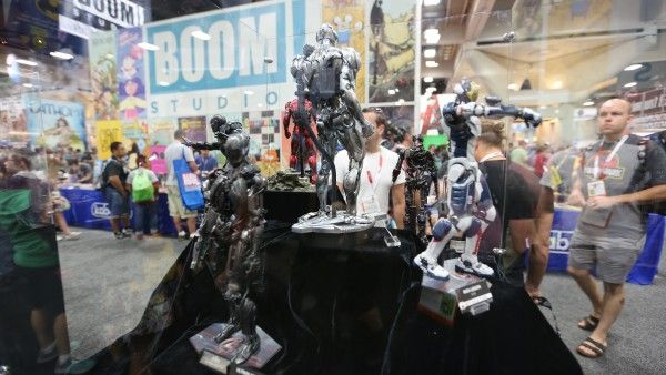 avengers-hot-toys-sideshow-collectibles-booth-picture-comic-con (3)