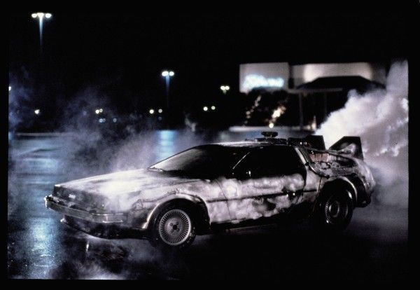 back-to-the-future-trilogy-30th-anniversary-blu-ray-delorean