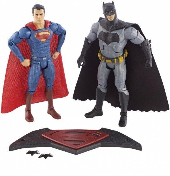 batman-v-superman-action-figures-1