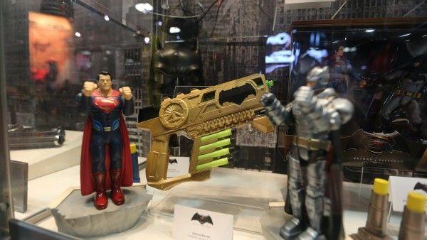 batman-vs-superman-movie-toy-comic-con (9)