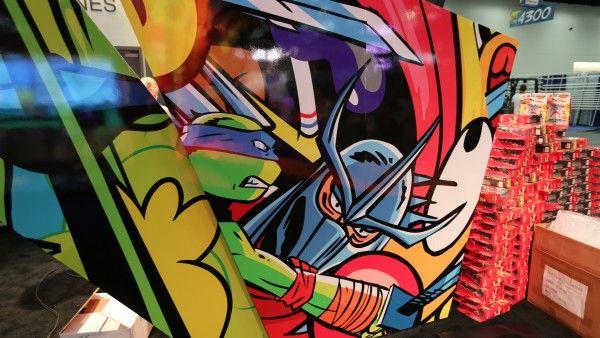 comic-con-2015-convention-floor-picture-image (10)